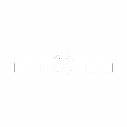Наклейка Т с шашечками